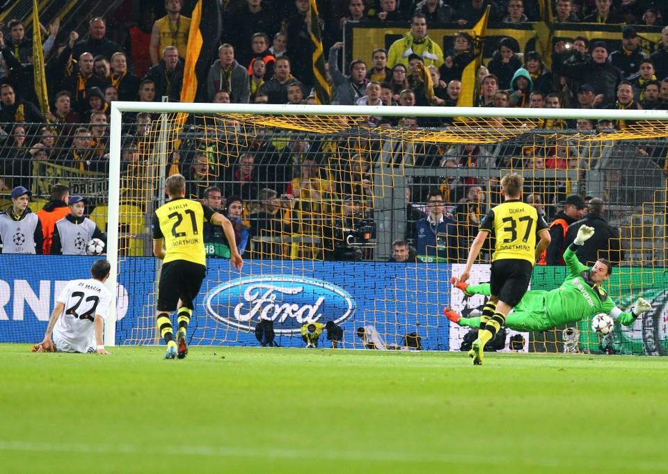 Weidenfeller pariert Elfmeter gegen Madrid