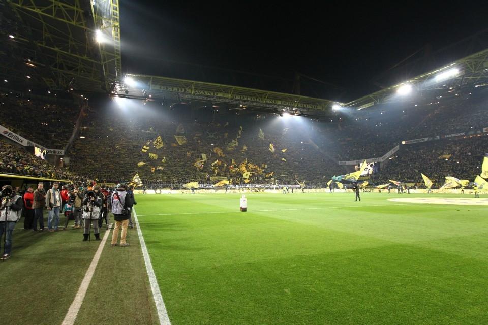 Flutlichtspiel im Westfalenstadion