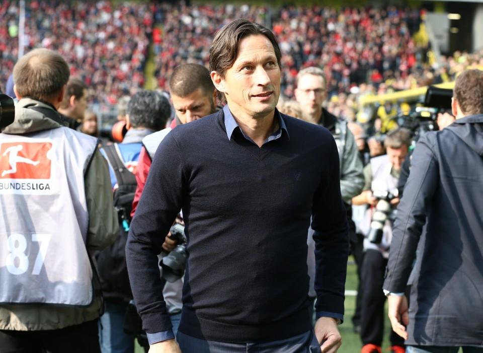 Diese Saison ein Stehaufmännchen auf der Trainerbank in Leverkusen: Roger Schmidt
