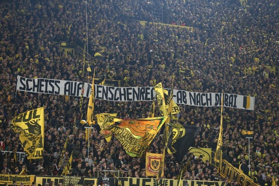 """""""Scheiß auf Menschenrechte - Ab nach Dubai"""" - Botschaft von ballspielvereint am 13.12. gegen Frankfurt"""