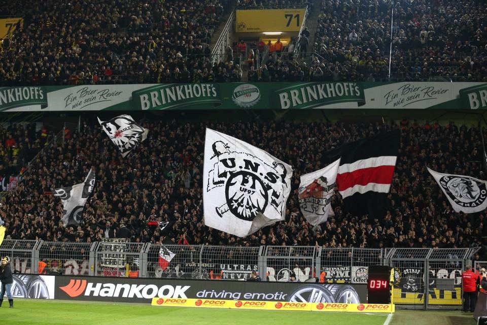 Sollten alle draußen bleiben: Fans der Frankfurter Eintracht