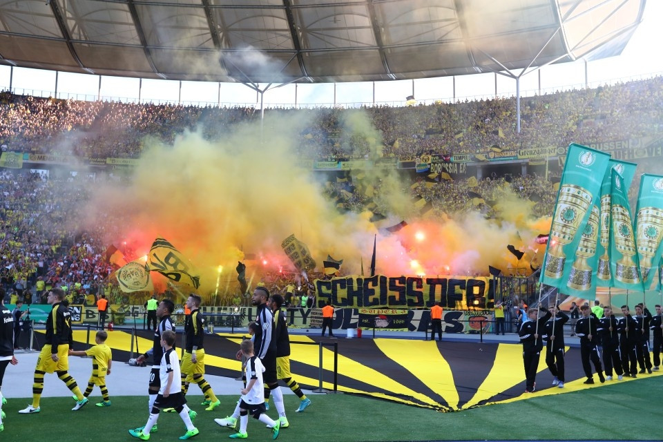 Proteste beim Pokalfinale