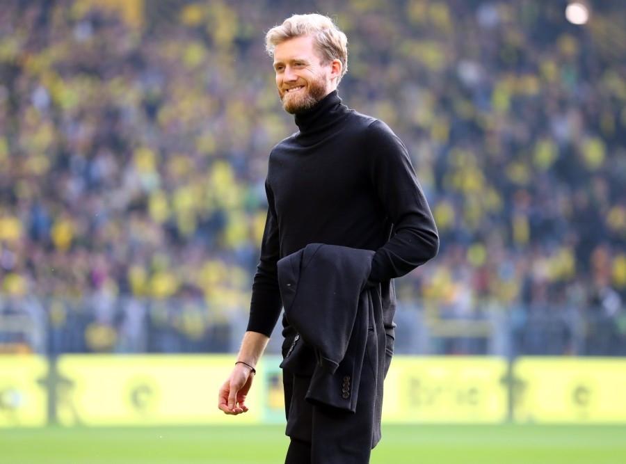 201718, 1. Bundesliga, Fussball, Fußball, GER, 1.BL, 1. BL, Herren, Saison, Sport, football, Gladbach, VfL, Halbfigur, halbe Figur, Halbkoerper, laecheln, lachen, scherzen, Emotion, grinsen - BVB - Borussia Mönchengladbach