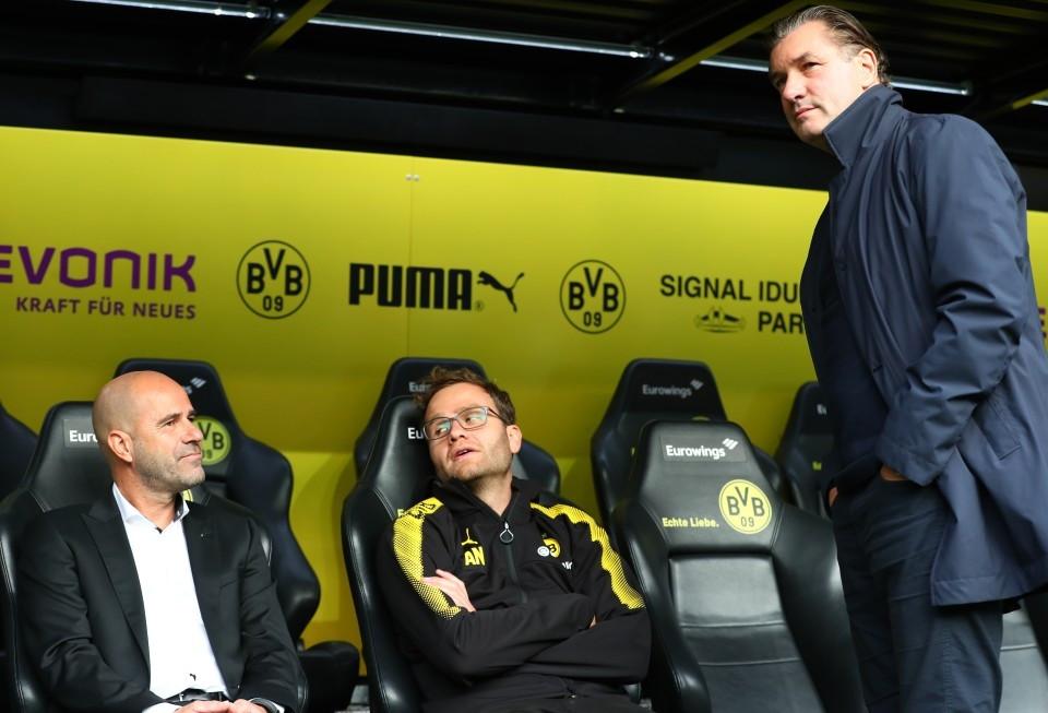201718, 1. Bundesliga, Fussball, Fußball, GER, 1.BL, 1. BL, Herren, Saison, Sport, football, Gladbach, VfL, Halbfigur, halbe Figur, Halbkoerper, besprechen, austauschen, unterhalten - BVB - Borussia Mönchengladbach