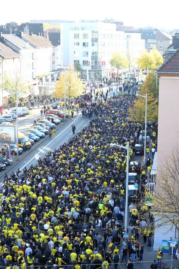 1. Bundesliga, Hinrunde, 8. Spieltag, Leipzig, RBL, RB, Rasenballsport, Heimniederlage, Saison 201718, Fußball, Borussia, Dortmund, BVB, 09 - BVB - Leipzig