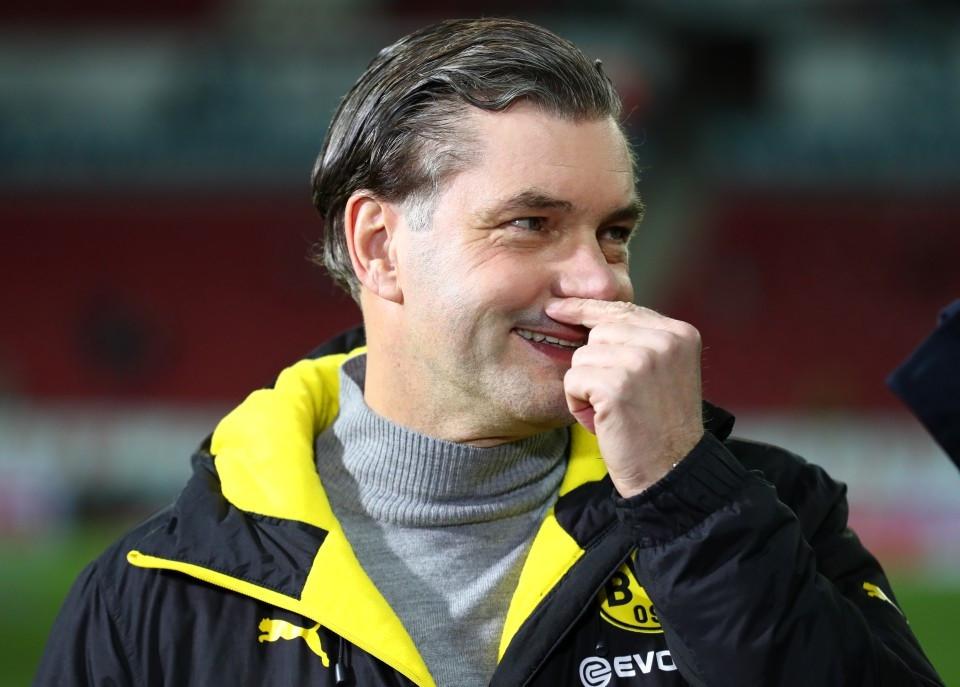 201718, 1. Bundesliga, Fussball, Fußball, GER, 1.BL, 1. BL, Herren, Saison, Sport, football, Portrait, laecheln, lachen, scherzen, Emotion, grinsen - 1. FSV Mainz 05 - BVB