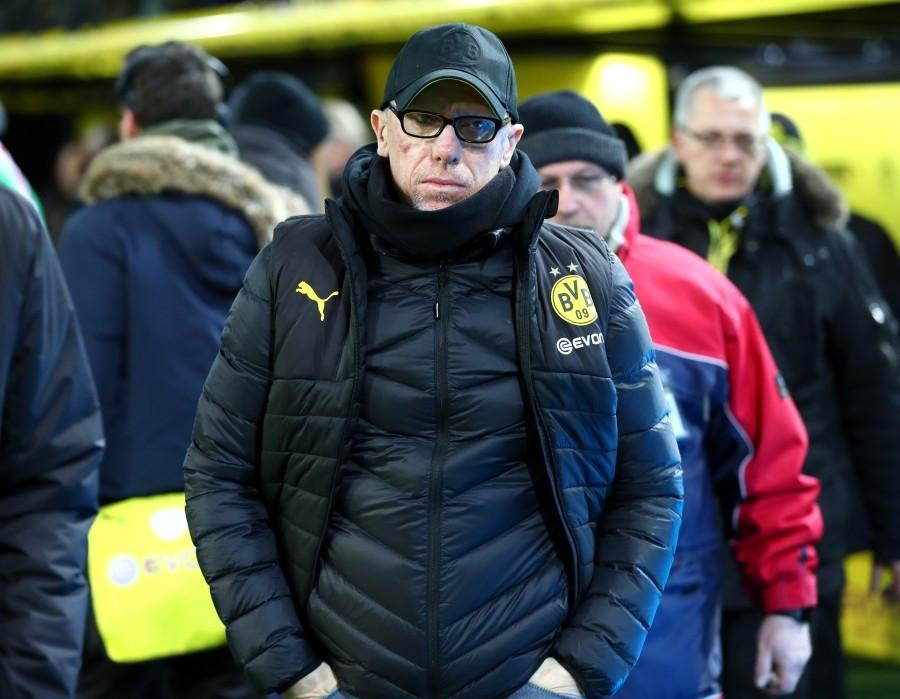 201718, 1. Bundesliga, Fussball, Fußball, GER, 1.BL, 1. BL, Herren, Saison, Sport, football, Halbfigur, halbe Figur, Halbkoerper - BVB - FC Augsburg
