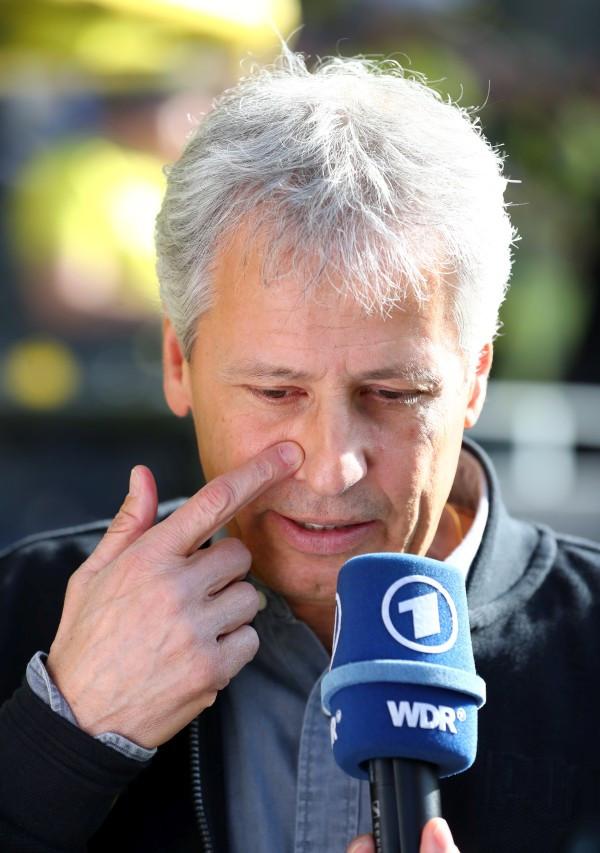201819, 1. Bundesliga, Fussball, Fußball, GER, 1.BL, 1. BL, Herren, Saison, Sport, football, Portrait, Gestik, Handbewegung - BVB - FC Augsburg