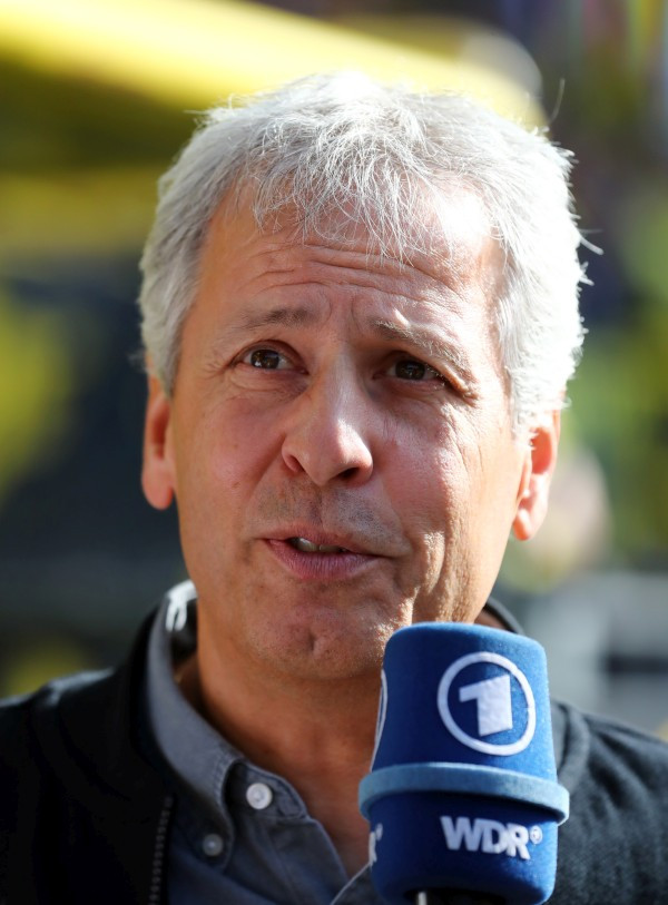 201819, 1. Bundesliga, Fussball, Fußball, GER, 1.BL, 1. BL, Herren, Saison, Sport, football, Portrait, Mikrofon - BVB - FC Augsburg