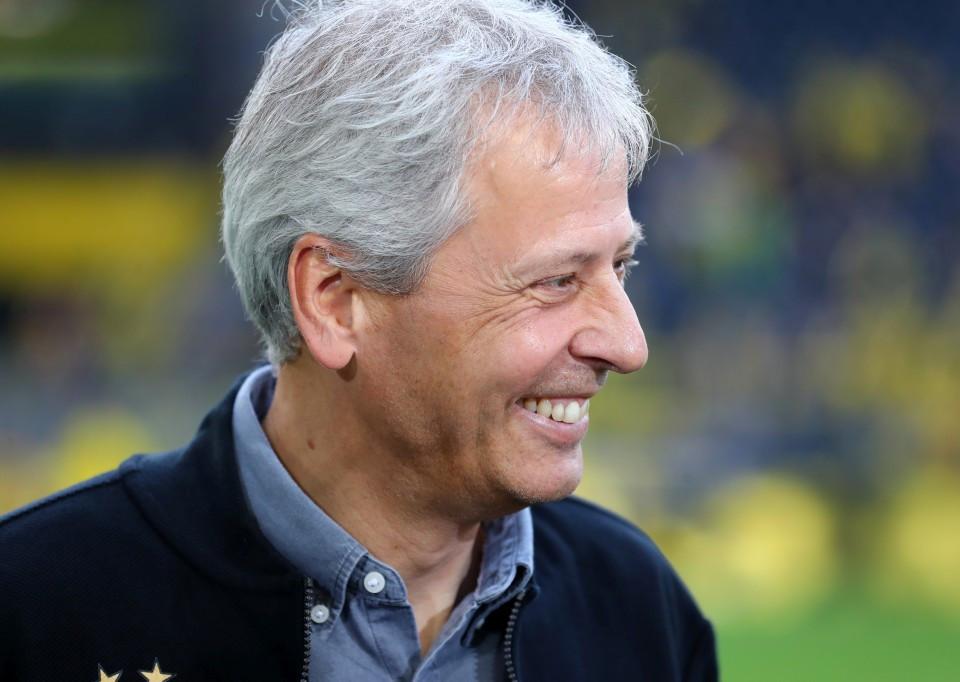 201819, 1. Bundesliga, Fussball, Fußball, GER, 1.BL, 1. BL, Herren, Saison, Sport, football, Portrait, lächeln, lachen, scherzen, Emotion, grinsen - BVB - FC Augsburg