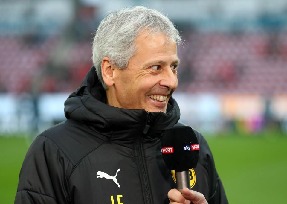 201819, 1. Bundesliga, Fussball, Fußball, GER, 1.BL, 1. BL, Herren, Saison, Sport, football, Portrait, Mikrofon, lächeln, lachen, scherzen, Emotion, grinsen - 1. FSV Mainz 05 - BVB