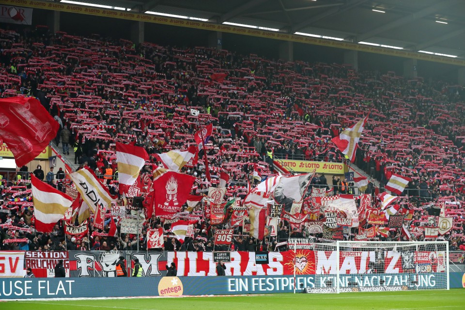 Hinrunde, 12. Spieltag, Auswärtsspiel, Auswärtssieg, M05, 1. FSV, Mainz, 05, 1. Bundesliga, 2018-2019, Saison, 201819, Fußball, Borussia, Dortmund, BVB, 09 - 1. FSV Mainz 05 - BVB