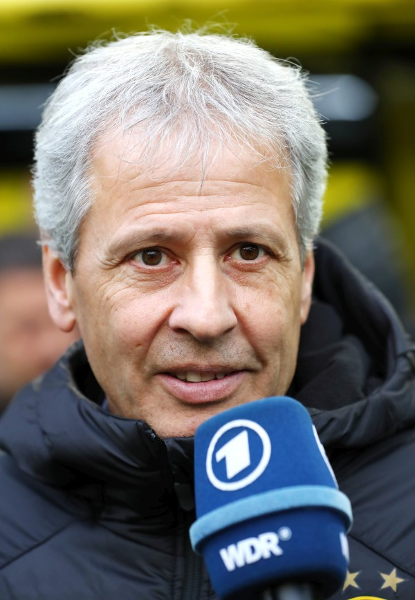 201819, 1. Bundesliga, Fussball, Fußball, GER, 1.BL, 1. BL, Herren, Saison, Sport, football, Portrait, Mikrofon - BVB - SC Freiburg