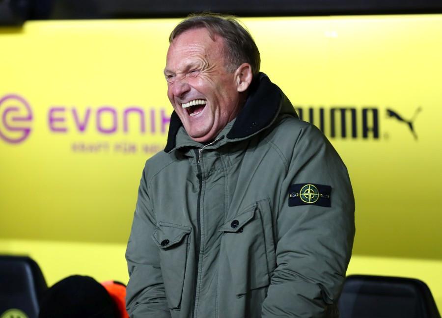 201819, 1. Bundesliga, Fussball, Fußball, GER, 1.BL, 1. BL, Herren, Saison, Sport, football, Halbfigur, halbe, Figur, Halbkörper, lächeln, lachen, scherzen, Emotion, grinsen - BVB - Werder Bremen