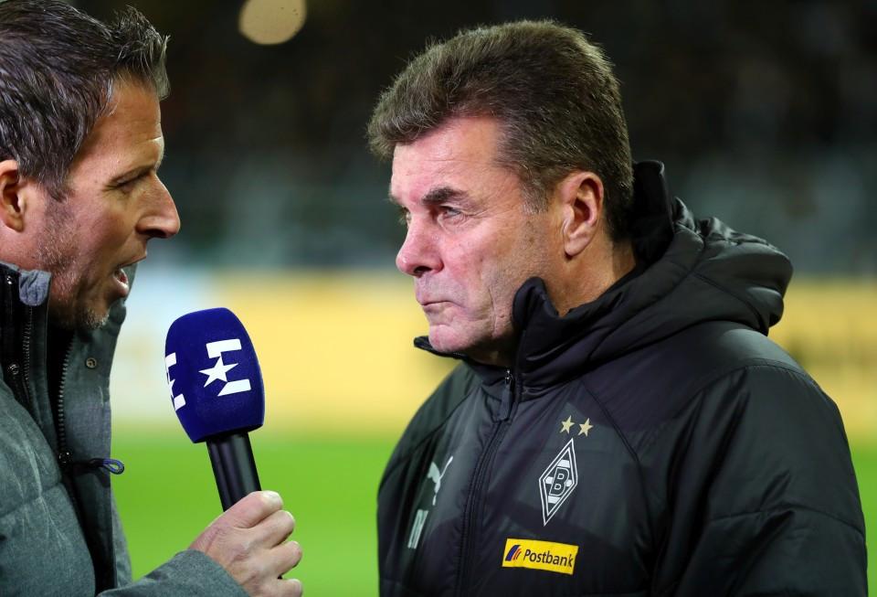 201819, 1. Bundesliga, Fussball, Fußball, GER, 1.BL, 1. BL, Herren, Saison, Sport, football, Halbfigur, halbe, Figur, Halbkörper, Mikrofon - BVB - Borussia Mönchengladbach