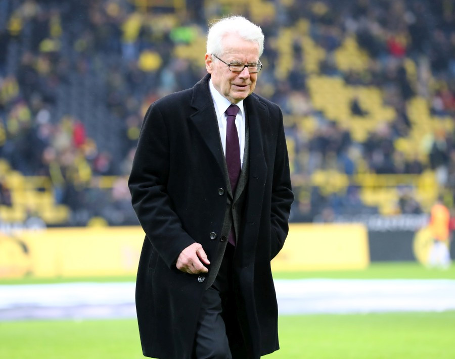 201819, 1. Bundesliga, Fussball, Fußball, GER, 1.BL, 1. BL, Herren, Saison, Sport, football, Halbfigur, halbe, Figur, Halbkörper - BVB - Hannover 96