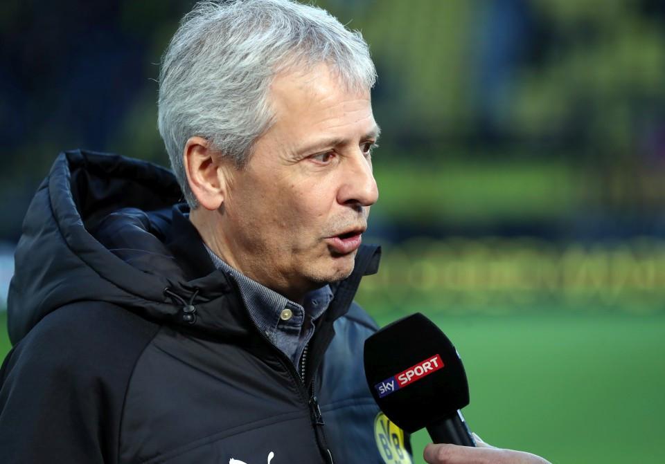 201819, 1. Bundesliga, Fussball, Fußball, GER, 1.BL, 1. BL, Herren, Saison, Sport, football, Portrait, Mikrofon - BVB - Bayer 04 Leverkusen