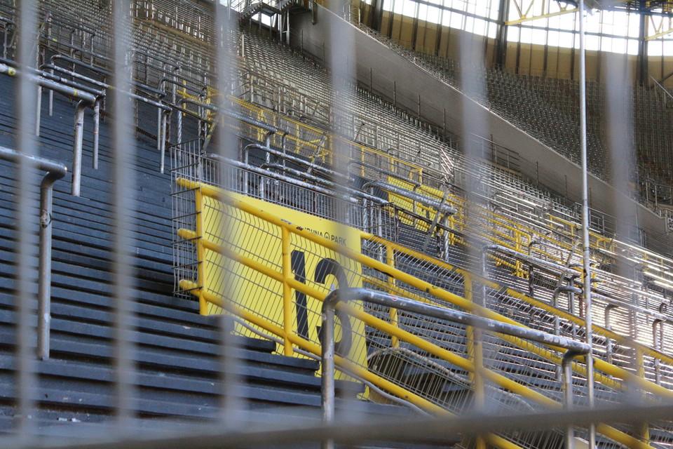 Westfalenstadion, Rote Erde, Stadion - Westfalenstadion und Rote Erde