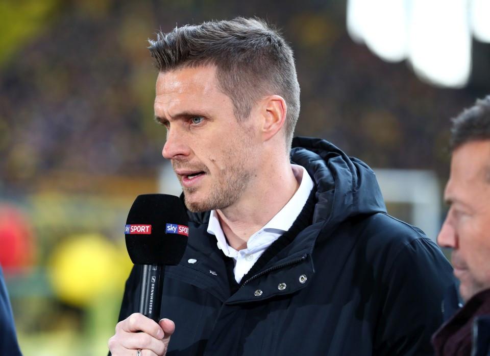 201819, 1. Bundesliga, Fussball, Fußball, GER, 1.BL, 1. BL, Herren, Saison, Sport, football, Halbfigur, halbe, Figur, Halbkörper, Mikrofon, Interview - BVB - 1. FSV Mainz 05