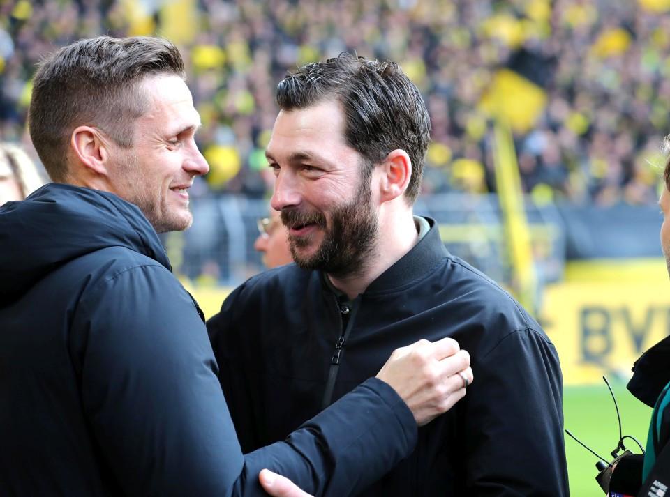 201819, 1. Bundesliga, Fussball, Fußball, GER, 1.BL, 1. BL, Herren, Saison, Sport, football, Halbfigur, halbe, Figur, Halbkörper, besprechen, austauschen, unterhalten, lächeln, lachen, scherzen, Emotion, grinsen, begrüßen - BVB - 1. FSV Mainz 05