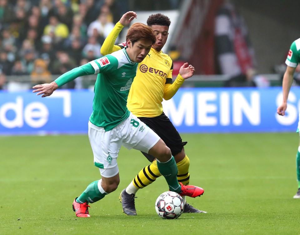 201819, 1. Bundesliga, Fussball, Fußball, GER, 1.BL, 1. BL, Herren, Saison, Sport, football, Zweikampf, Aktion, Duell - SV Werder Bremen - BVB
