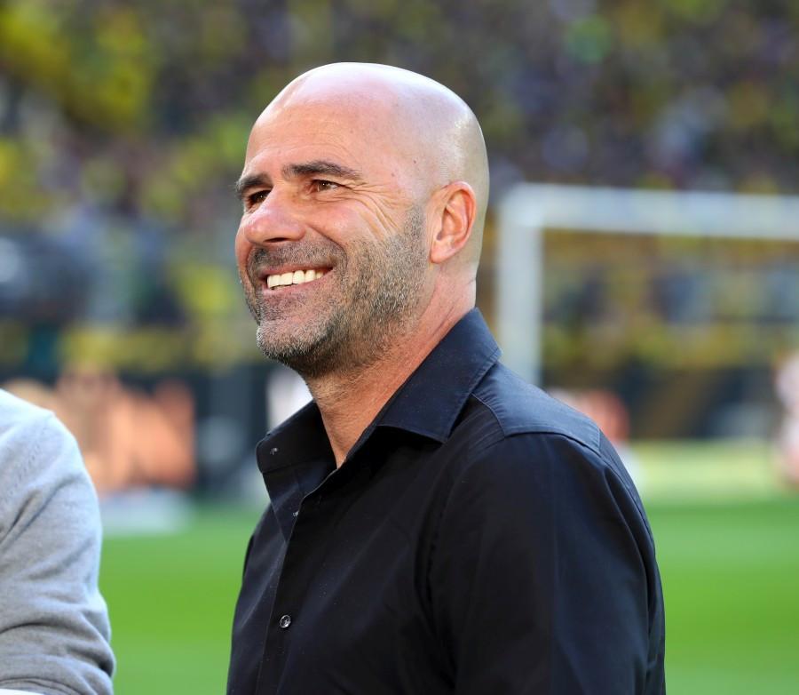 201920, 1. Bundesliga, Fussball, Fußball, GER, 1.BL, 1. BL, Herren, Saison, Sport, football, Portrait, lächeln, lachen, scherzen, Emotion, grinsen - BVB - Bayer 04 Leverkusen