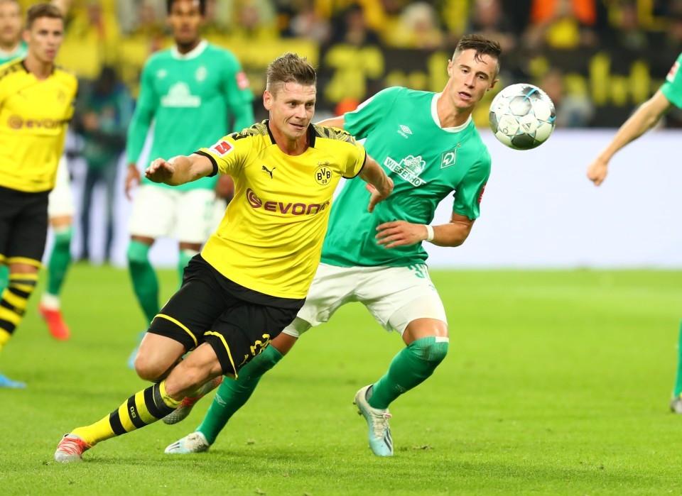 201920, 1. Bundesliga, Fussball, Fußball, GER, 1.BL, 1. BL, Herren, Saison, Sport, football, Zweikampf, Aktion, Duell - BVB - Werder Bremen