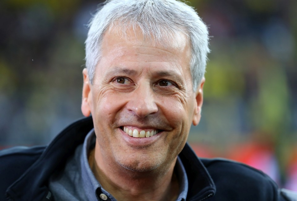 201920, 1. Bundesliga, Fussball, Fußball, GER, 1.BL, 1. BL, Herren, Saison, Sport, football, Portrait, lächeln, lachen, scherzen, Emotion, grinsen - BVB - Werder Bremen