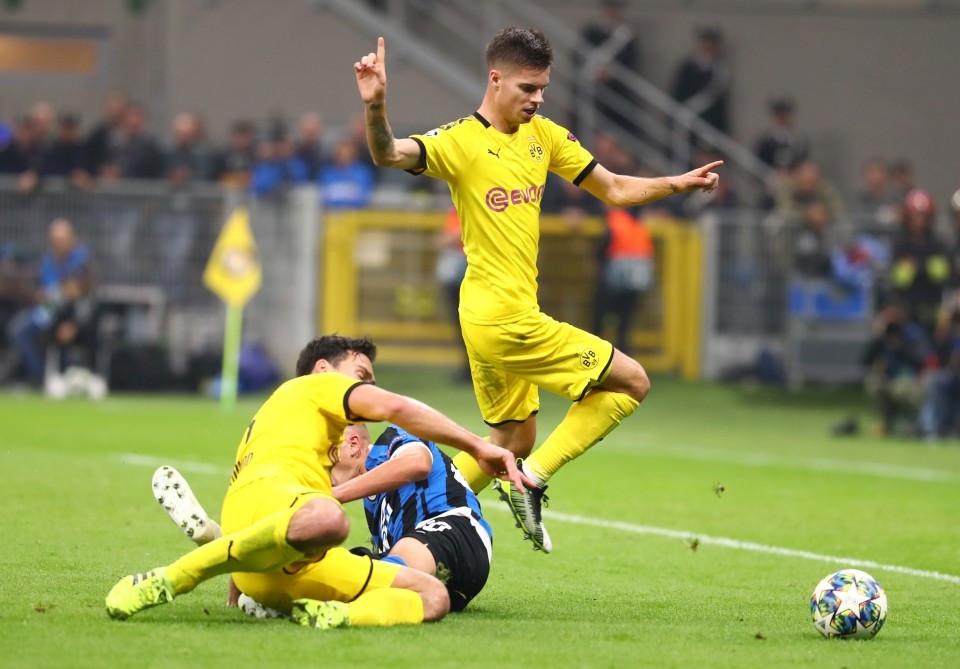201920, Fussball, Fußball, UEFA, Herren, Saison, Sport, football, Gruppenphase, Vorrunde, UCL, Zweikampf, Aktion, Duell - Inter Mailand - BVB