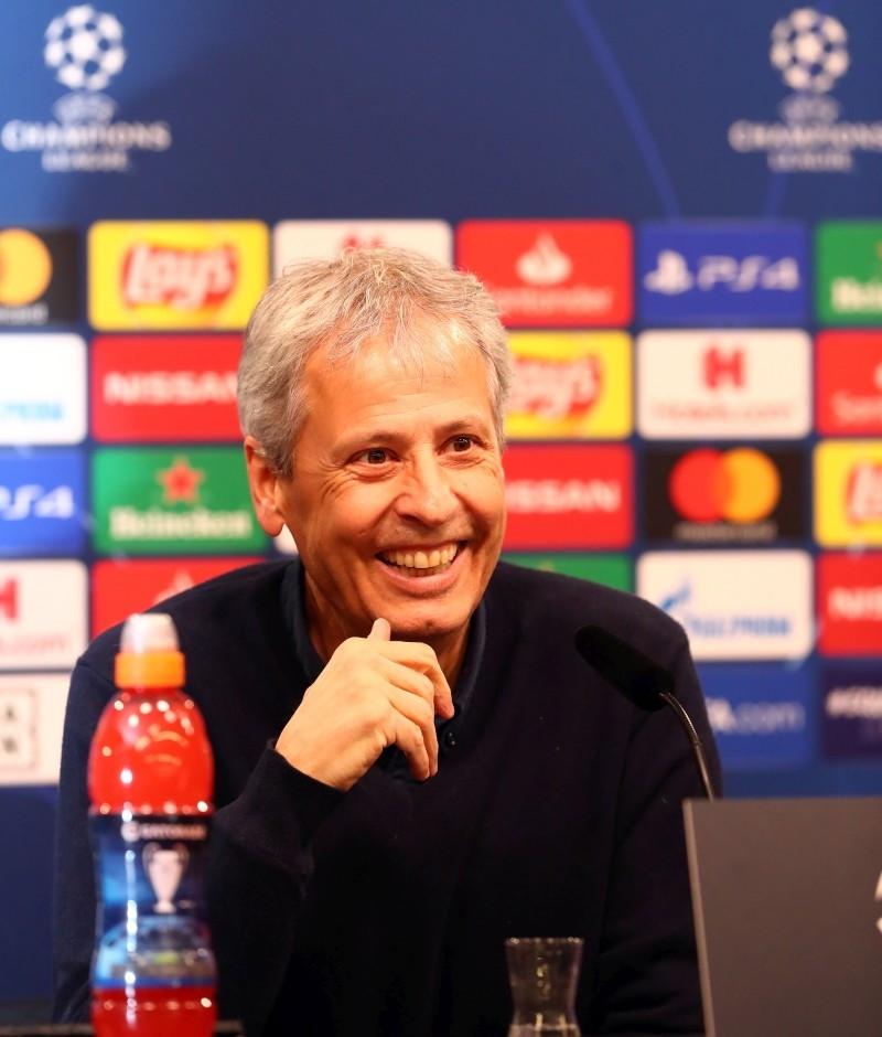 201920, Fussball, Fußball, UEFA, Herren, Saison, Sport, football, Gruppenphase, Vorrunde, UCL, Podium, Mikrofon, Portrait, lächeln, lachen, scherzen, Emotion, grinsen - BVB - Inter Mailand
