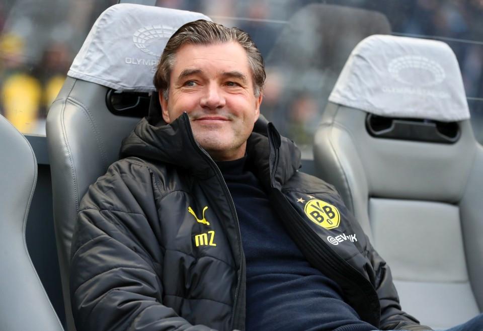 201920, 1. Bundesliga, Fussball, Fußball, GER, 1.BL, 1. BL, Herren, Saison, Sport, football, Berlin, Halbfigur, halbe, Figur, Halbkörper, lächeln, lachen, scherzen, Emotion, grinsen - Hertha BSC - BVB