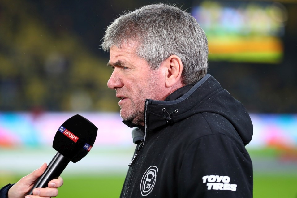 201920, 1. Bundesliga, Fussball, Fußball, GER, 1.BL, 1. BL, Herren, Saison, Sport, football, Portrait, Mikrofon - BVB - Fortuna Düsseldorf