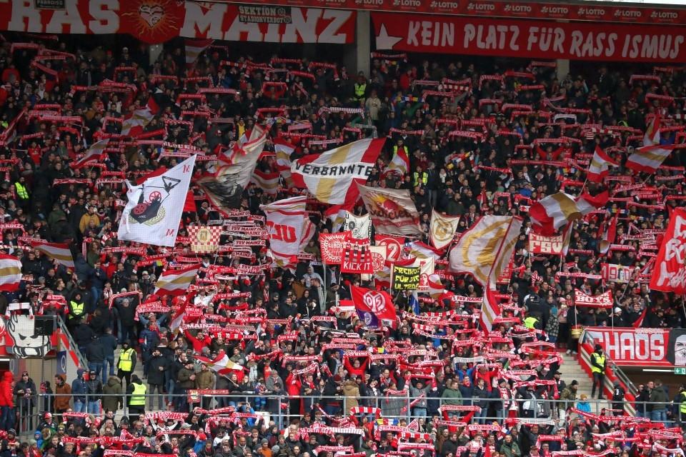 1. Bundesliga, Hinrunde, 15. Spieltag, Auswärtsspiel, Auswärtssieg, 1. FSV, Mainz, 05, M05, Fußball, Saison, 2019-2020, Borussia, Dortmund, BVB, 09 - 1. FSV Mainz 05 - BVB