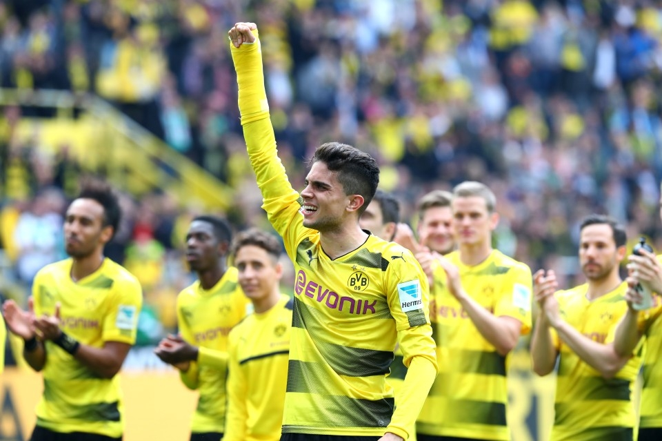 Bartra mit Gips